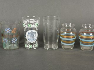 GROUPING OF 5  3 GlASSES  PAIR OF SMAll VASES