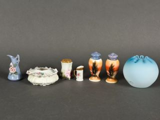 GROUPING OF VINTAGE COllECTOR GlASS