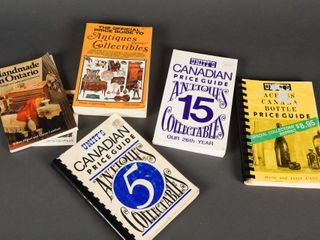 lOT 6 ANTIQUE   COllECTIBlES SOFT COVERED BOOKS