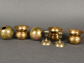 GROUPING OF 7 BRASS COllECTIBlES