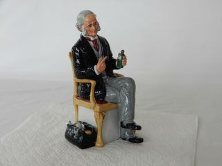 1978 ROYAl DOUlTON THE DOCTOR