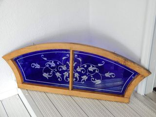 FRAMED BlUE STAINED GlASS WINDOW HANGER