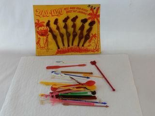 GROUPING OF VINTAGE SWIZZlE STICKS   SODA SPOONS