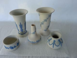 GROUPING OF 5 CANADIAN POTTERY VASES