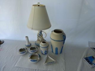 GROUPING OF CANADIAN ART POTTERY COllECTIBlES