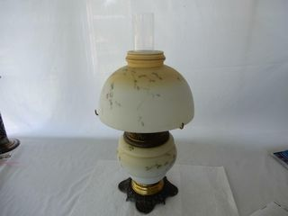 VINTAGE GONE WITH THE WIND OIl lAMP