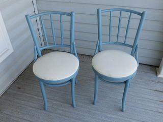 2 WOODEN CHAIRS   VINYl SEAT