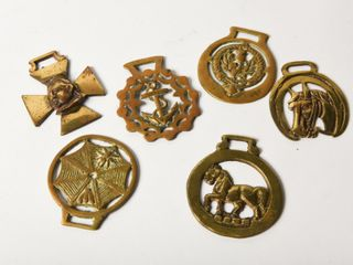 lOT OF 6 VINTAGE BRASS PlAQUES FOR HORSE HARNESS