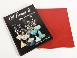 lOT OF 2 OIl lAMP COllECTOR HARD COVER BOOKS
