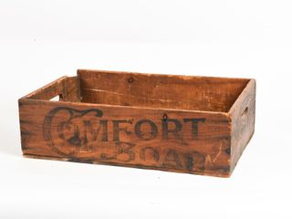 COMFORT SOAP  IT S All RIGHT  WOODEN BOX