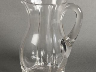 VINTAGE GlASS SQUARE FOOTED PITCHER