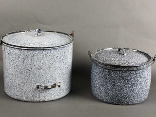 GROUPING OF 2 GRANITEWARE COOKING POTS