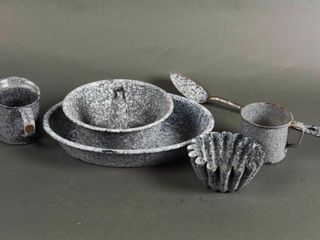 GROUPING OF 6 GRANITEWARE COllECTIBlES