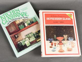 GROUPING OF 2 GlASSWARE HARD COVER BOOKS