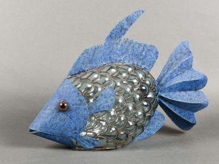 ORNATE METAl   GlASS BlOW FISH