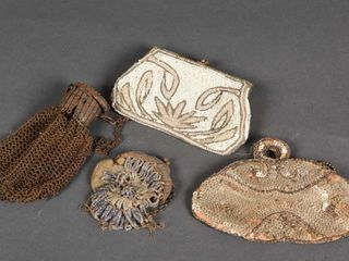 GROUPING OF 4 VINTAGE lADIES SMAll PURSES