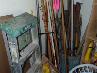 1 lot of yard tools   4  alum gorilla ladder