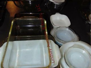 2 pcs of Pamper chef   pyrex