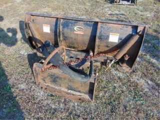 Quick attach skid steer snow blade approx 4  long