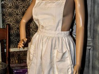 Vintage Hand Embroidered large ladies Apron
