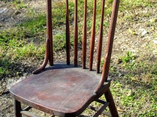Antique Solid Wood 5 Spindle Chair