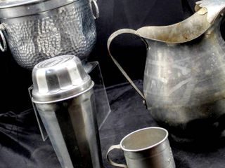 Vintage Hammered Aluminum Ice Bucket w  lid RAY BT150 Made in Italy  Ice water Pitcher and Darling Aluminum Cup  Thompson s  Double Malted  Malted Milk Cup and lid