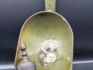 Vintage Owl Painted Metal Dustpan and Wooden Hair Crumb Brush Broom