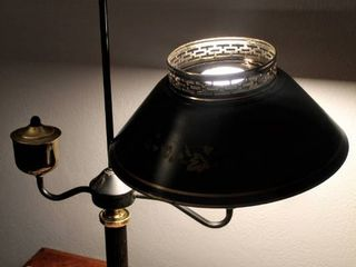Vintage Mid century Modern Toleware Tole Table lamp Desk lamp Black with Gold