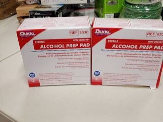 2 boxes of d ukal sterile alcohol prep pads 200 per box