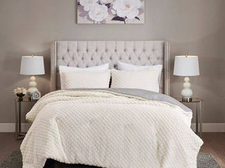 Madison Park Colden Ivory  Grey Reversible Textured Sherpa to Faux Mink Comforter Set   Full Queen