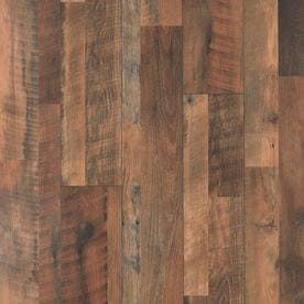 Studio Restoration Oak 7 48 inch x 3 93 ft Embossed Plank laminate Flooring   8 Pack