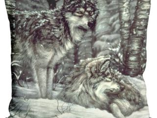liliPi Bedding Down Decorative Accent Throw Pillow   Wolves in Snow  RETAIl  29 00