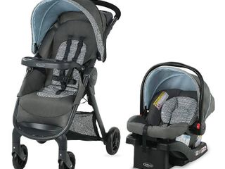 Graco FastAction SE Travel System   Includes FastAction SE Stroller and SnugRide 30 lX Infant Car Seat  Carbie  RETAIl  199 99