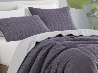 Beaute living Space Dyed 3 Piece King Quilt Set  Retail 109 99