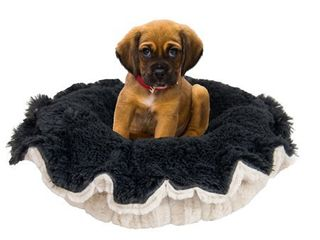 Bessie and Barnie Ultra Plush Natural Pet lily Pod Bed   24