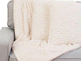 Rachel Ruffle Pillows  Set of 2  and Decorative Throw Set