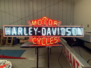 Harley Davidson Motor Cycles neon