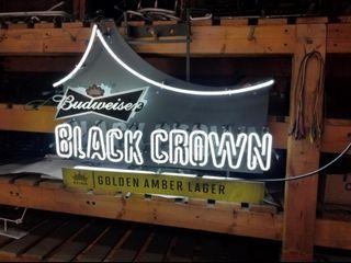 Bud Black Crown neon