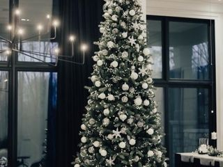 Stunning Tree Sponsored by Original Home Furniture