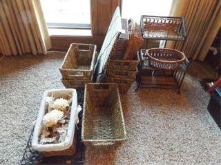 Baskets  Shelves  Photo Board  12