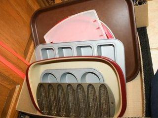 Baking Dishes  cast iron corn bread pan