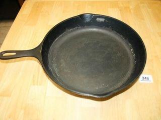 Cast Iron Skillet 113 4  diameter