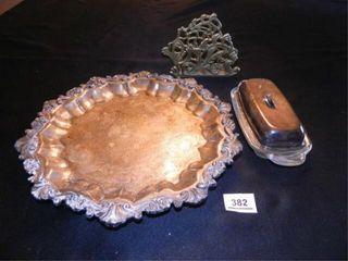 Sheridan Silver Plated Tray  13  diam