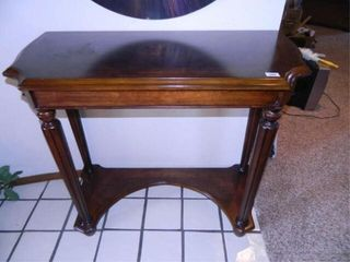 Entry Table  20  x 42  x 361 2  h