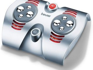 Beurer Shiatsu Foot Massager with 8 Rotating Massage Heads and Optional Heat Function  FM38