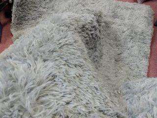 Grey area rug  100  Velvet non slip backing 96 x60