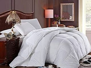 Soft  light  Warm DOWN COMFORTER  650 Fill Power  100  Cotton Cover Shell  300 Threadcount  Solid White  Queen