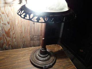 Nice table lamp w  glass shade