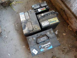 4 auto batteries