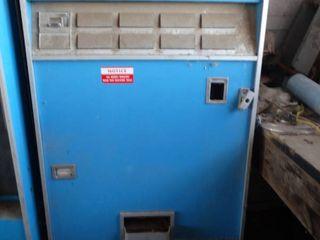 Vintage Dixie Narco PEPSI bottle vending machine